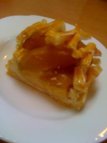ユーハイム・ディー・マイスター 皮付き林檎のアップルパイ